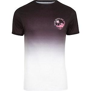 T-shirt ajusté blanc à imprimé délavé