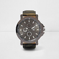 Green camo strap watch