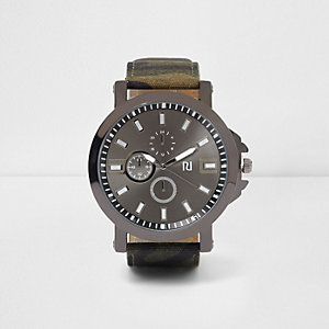Green camo strap watch