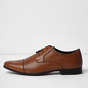 Tan toe cap perforated lace-up shoes