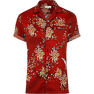 Red oriental print short sleeve sateen shirt