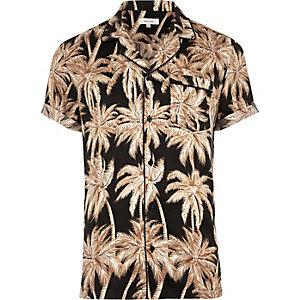Chemise en satin de coton imprimé palmiers noire à manches courtes