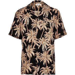 Chemise à imprimé palmier et manches courtes
