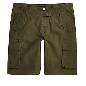 Green cargo pocket shorts