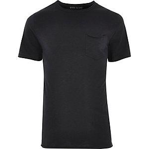 T-shirt slim noir avec poche à bord brut