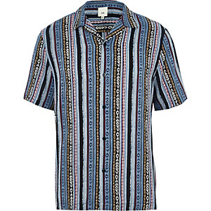 Blue aztec print revere short sleeve shirt