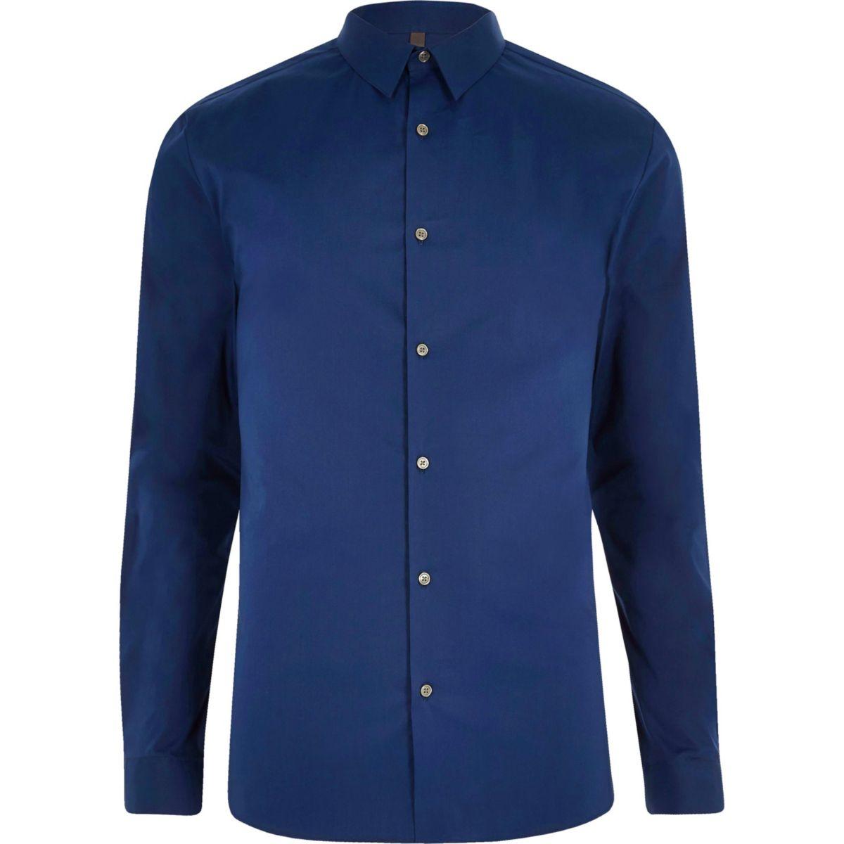 Blauw aansluitend overhemd met puntige kraag