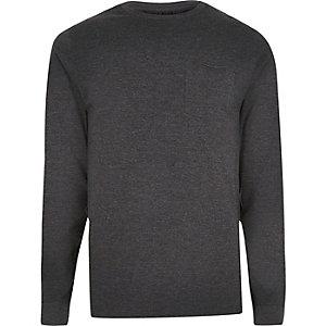 Graues, meliertes Slim Fit T-Shirt mit langen Ärmeln und Tasche