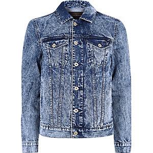 Veste en jean bleu délavage à l'acide
