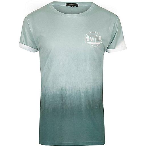 "Minzgrünes, verblasstes T-Shirt ""New York"""