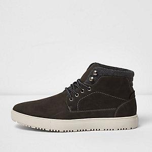 Graue, hohe Sneaker zum Schnüren
