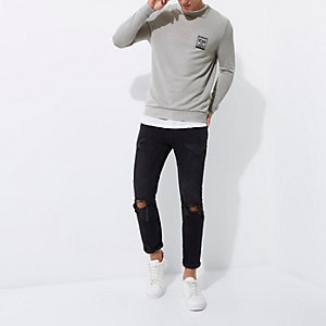"Muscle Fit Sweatshirt mit ""NYC""-Burnout"