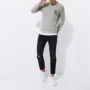 Grijs aansluitend burnout sweatshirt met 'NYC'-print