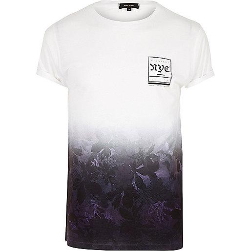 Verblasstes T-Shirt in Lila mit NYC-Print