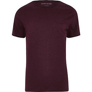 Donkerrood slim-fit T-shirt met zakje