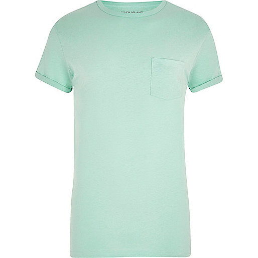 Light green rolled sleeve pocket T-shirt