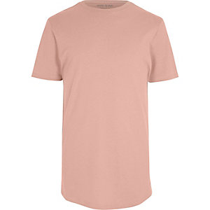 Pinkes, langes T-Shirt mit abgerundetem Saum