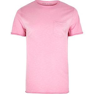 Pink slim fit chest pocket T-shirt