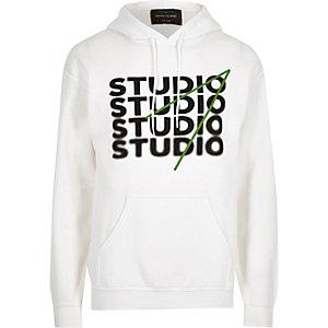 Sweat à capuche blanc à imprimé « Studio »