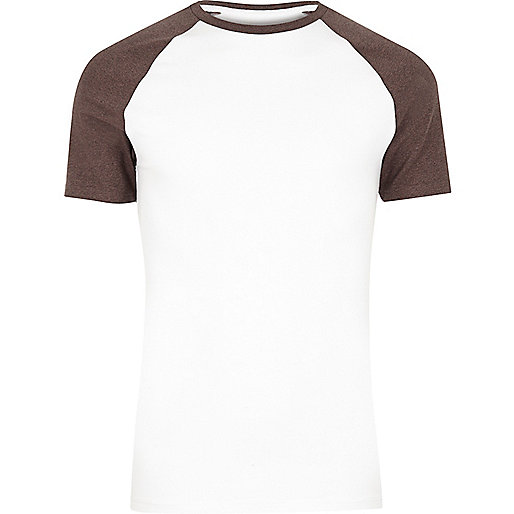 White muscle fit raglan short sleeve T-shirt