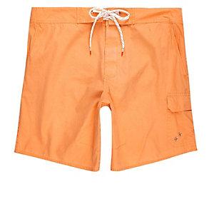 Short de bain orange délavé à l'acide