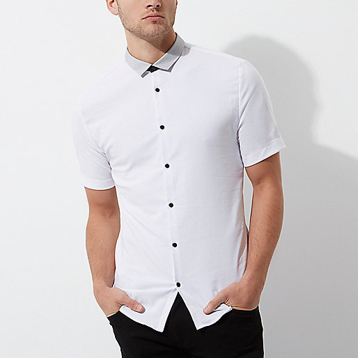 White contrast muscle fit short sleeve shirt