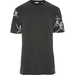 Only & Sons – T-shirt gris foncé à manches imprimées