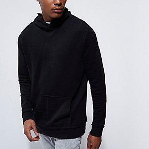 Zwarte hoodie met lange mouwen