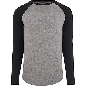 Grijs gemêleerd aansluitend T-shirt met raglanmouwen