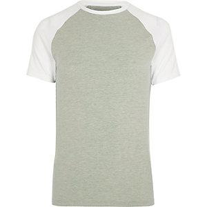T-shirt ajusté vert clair à manches raglan