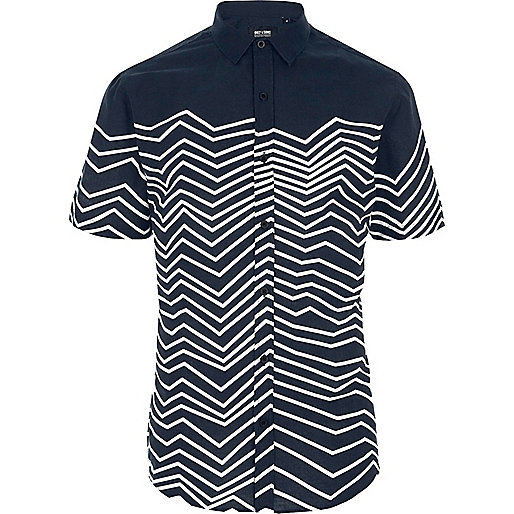 White Only & Sons zig zag short sleeve shirt