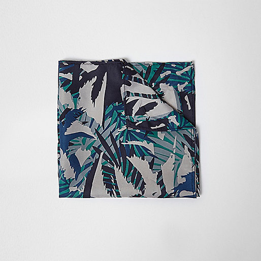 Green forest print pocket square