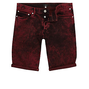 Red acid wash skinny fit denim shorts