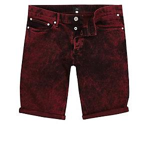 Short en jean skinny rouge délavé à l'acide
