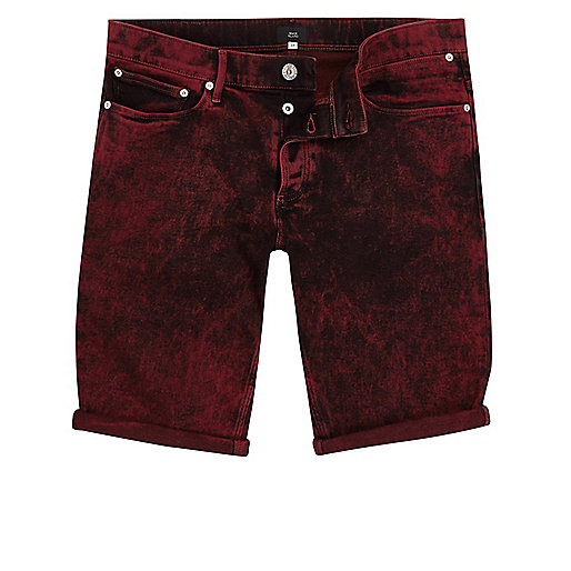 Red acid wash skinny fit denim shorts