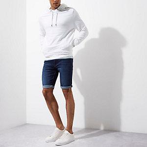 Dunkelblaue Skinny Jeansshorts