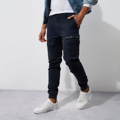 Marineblauwe skinny-fit cargobroek