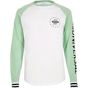 T-shirt blanc à manches raglan imprimées vert menthe