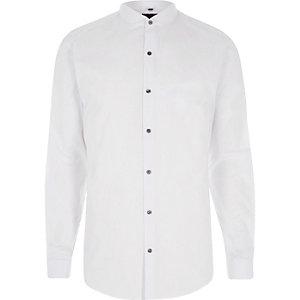 Wit slim-fit overhemd met lange mouwen en ronde kraag