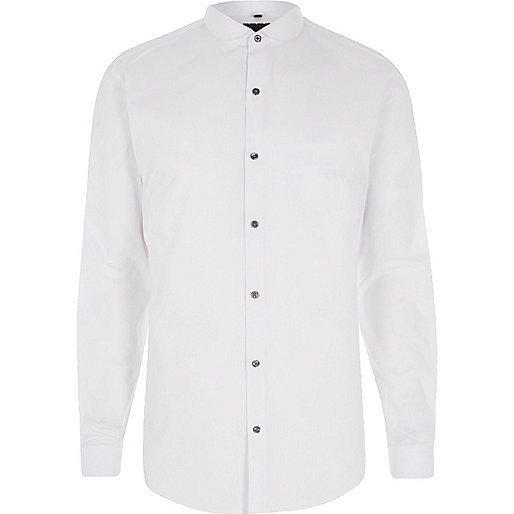 White penny collar long sleeve slim fit shirt