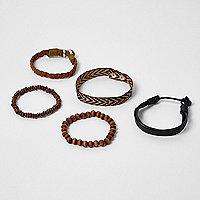 Lot de bracelets noirs en perles festival