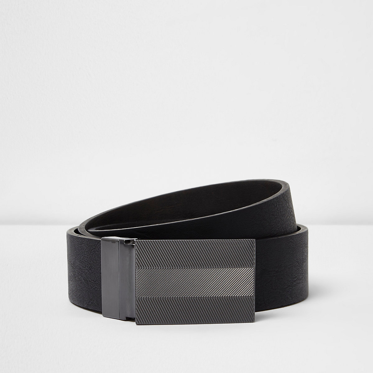 Black textured plate reversible belt