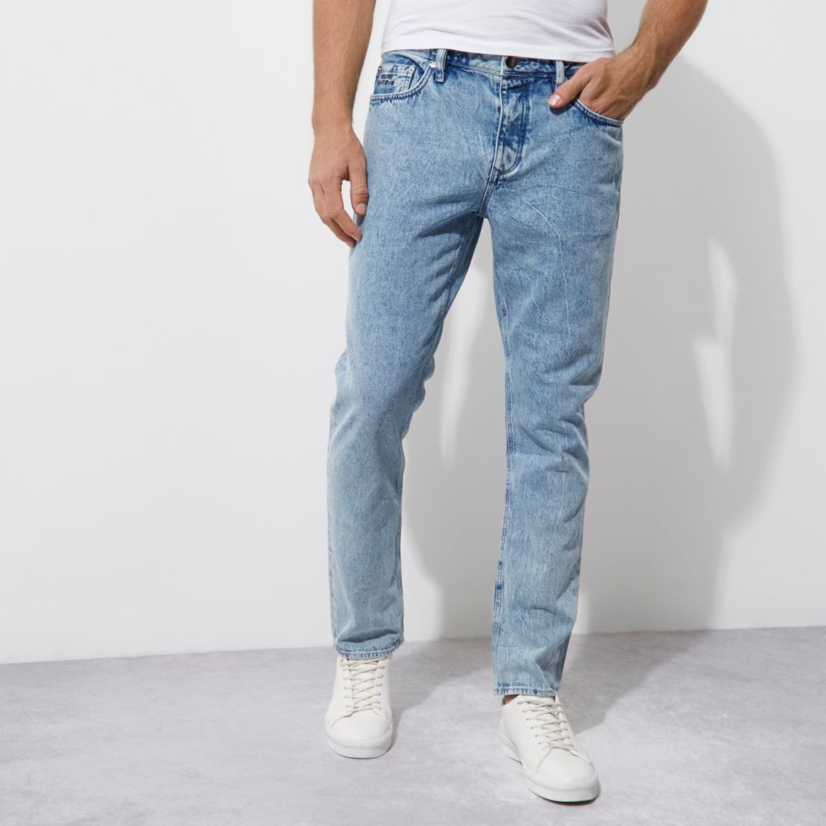 Felipe Pantone – Blaue Jeans