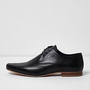 Zwarte leren derby schoenen met perforaties