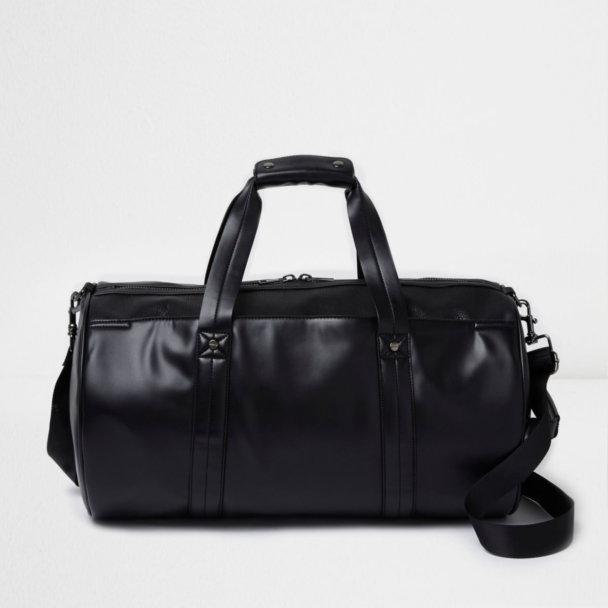Black front pocket holdall