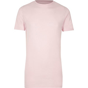 Pinkes, langes Muscle Fit T-Shirt