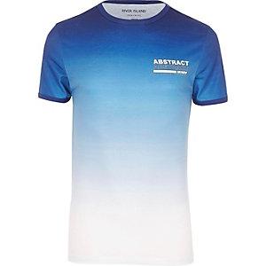Blauw aansluitend T-shirt met 'abstract'-print en kleurverloop