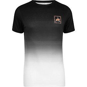 T-shirt ajusté imprimé NYC noir délavé