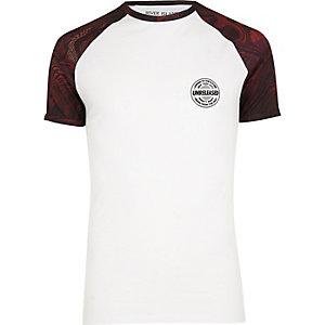 White glitch print raglan sleeve T-shirt