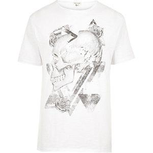 T-shirt imprimé tête de mort blanc délavé
